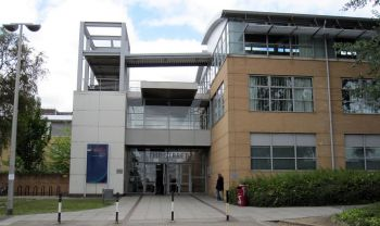 Vacanze Studio a Londra: L'ingresso del campus