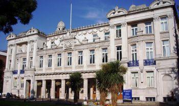 Vacanze Studio a Londra: La facciata dell'edificio principale.