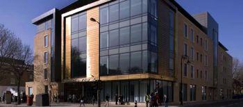 Vacanze Studio a Londra: L'edificio principale del college