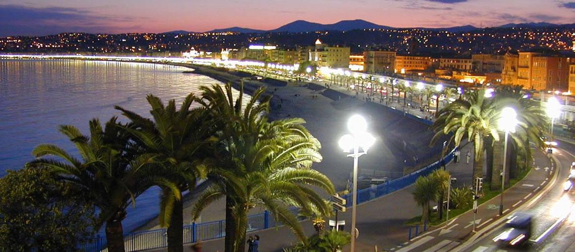 La spiaggia di Nizza.