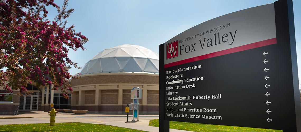 Fox Valley - University of Wisconsin