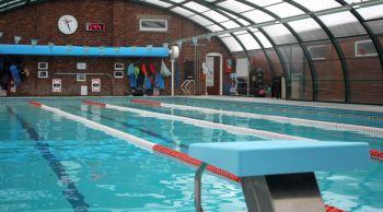 piscina nel college