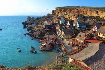 Summer Work a Malta